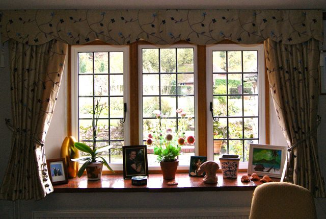 the monarch aluminium monaframe window is now discontinued but there is an alternative.