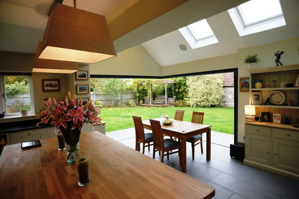 open corner bifolds in large breakfast room