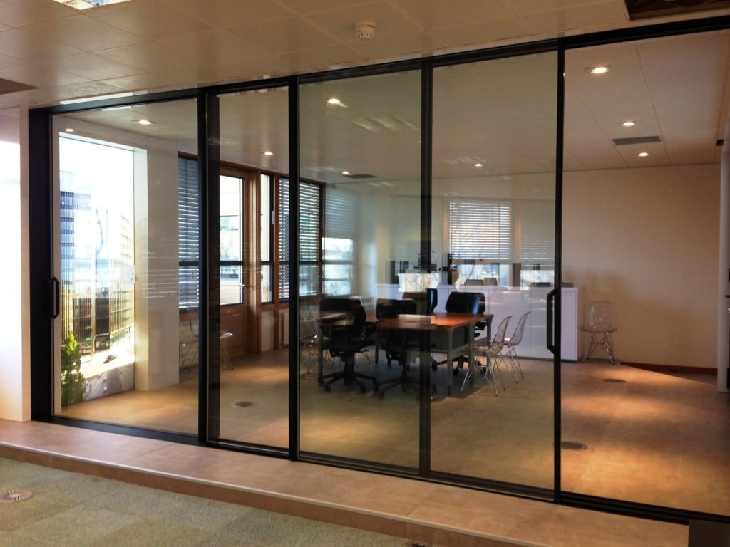 the reynaers hi-finity sliding door is designed to provide maximum glass area to create stunning glass walls