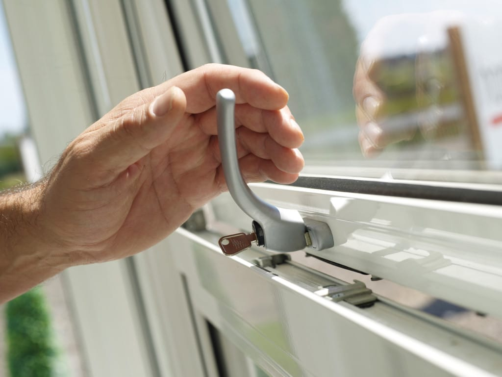 aluminium windows shortages and glass shortages caused by a lack of handles supply