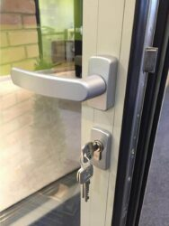 most quality door systems have black rubber gaskets but can come with coloured gaskets such as q-lon.
