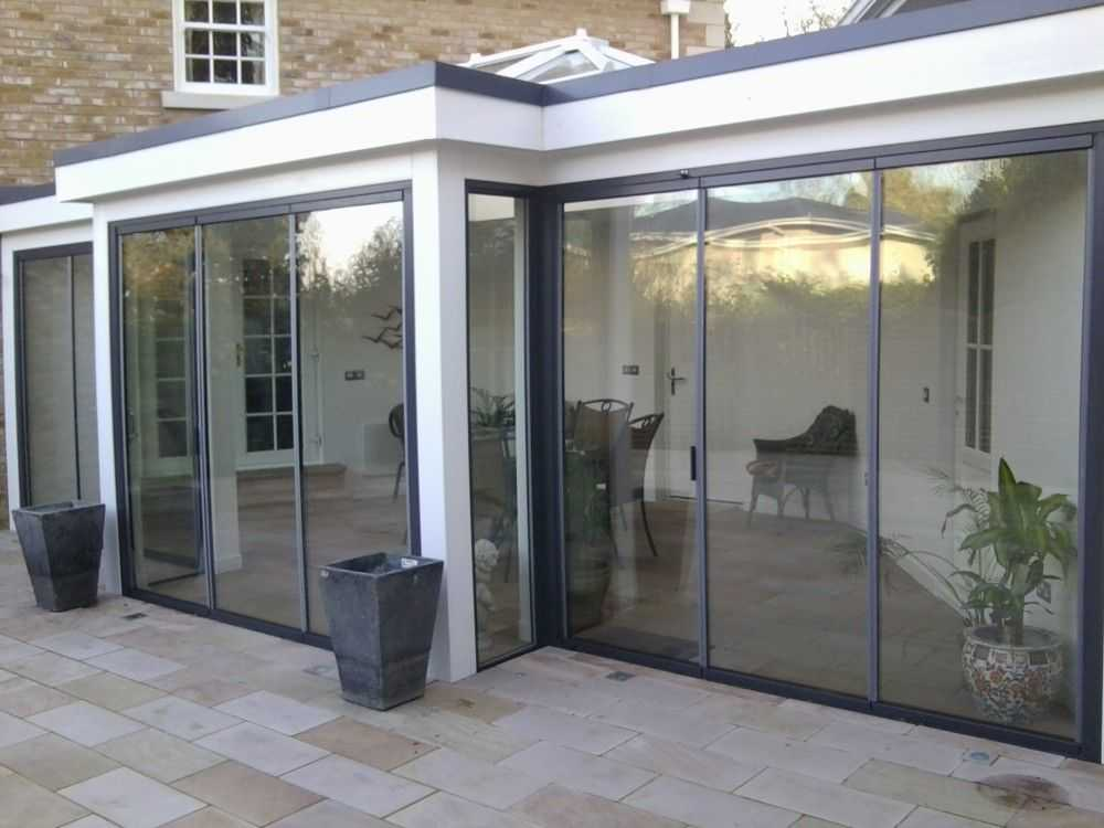 Sunseeker doors are slim but the profile where doors meet is clear to see. & Everything you need know about frameless bifolding doors | ATS