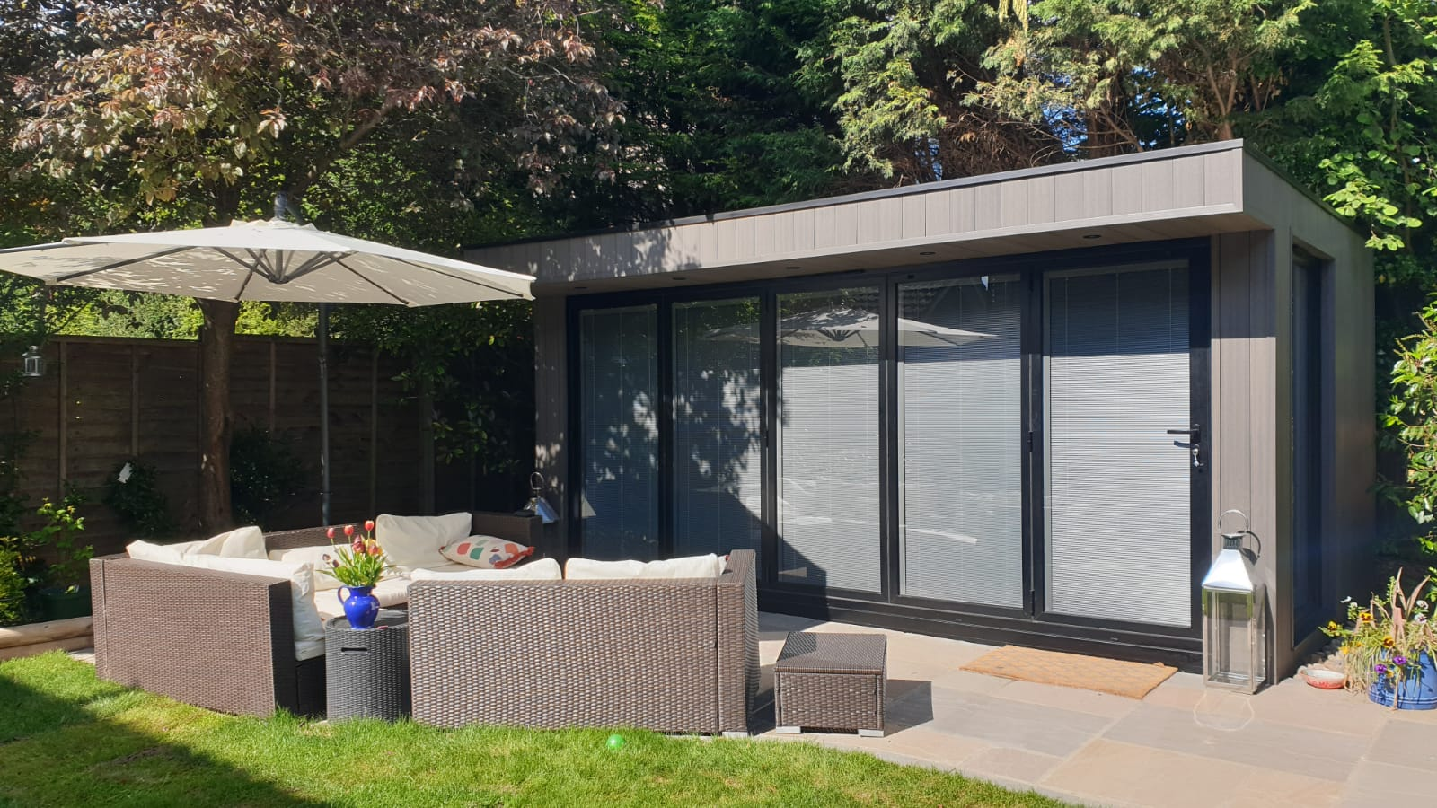 explaining how much integral blinds cost in bifold doors