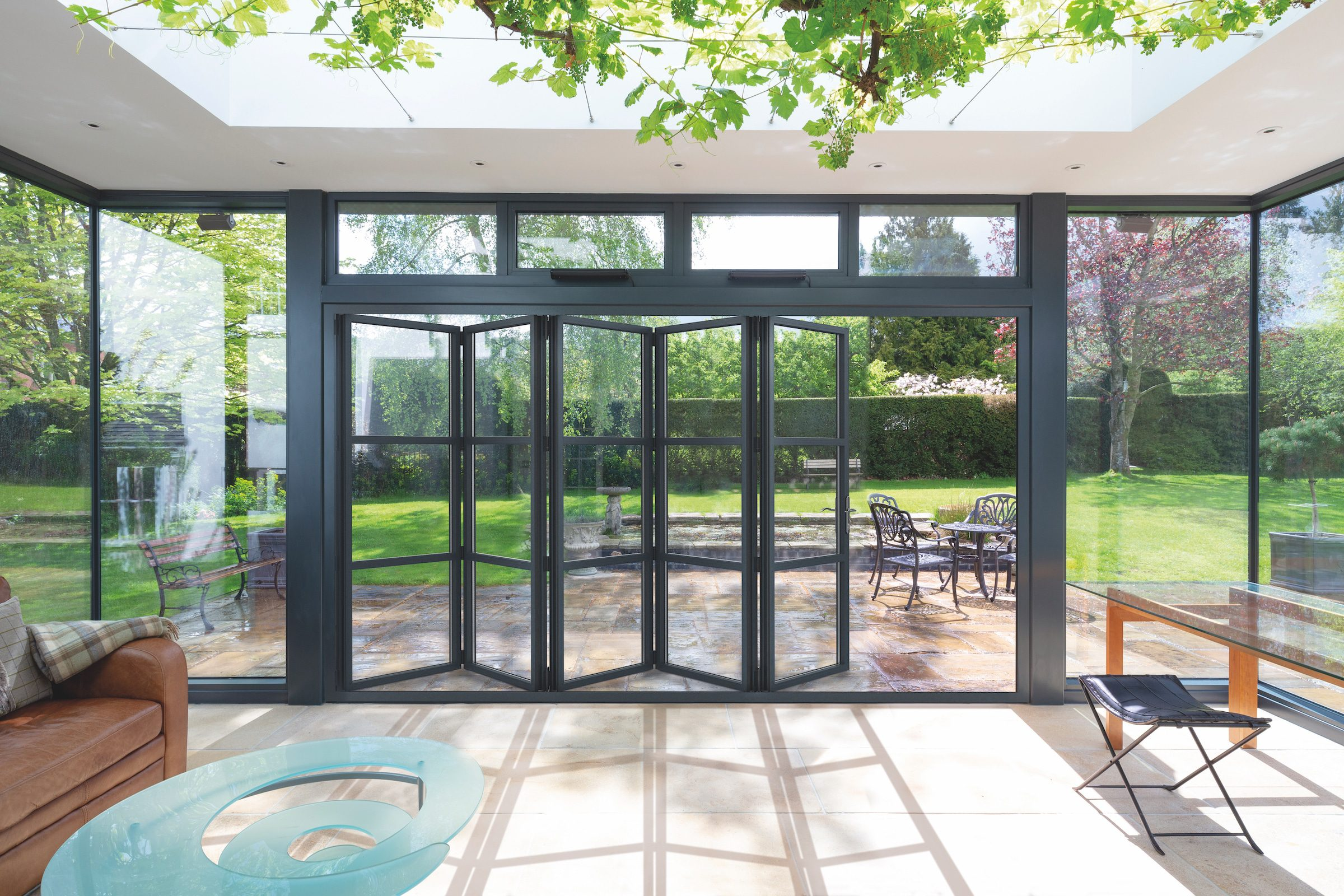 Visofold 6000 steel-look bifolding doors in a new extension