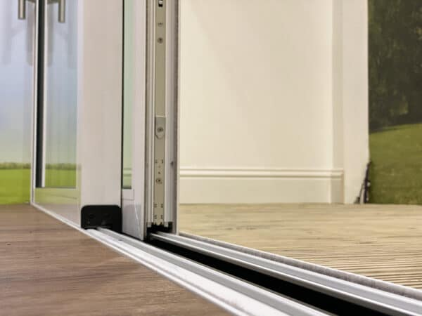 Origin OS-29 sliding door
